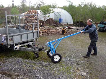 LogRite trailer dolly adapter in use manoeuvring a trailer.